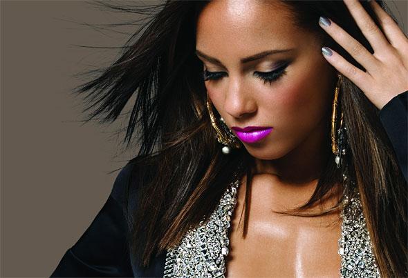 Alicia Keys: Beautiful Lady and Horrible Live Singer | Revolutionary ... Alicia Keys